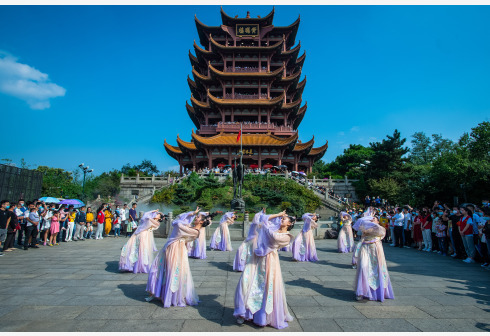 武汉成旅游热门目的地,黄鹤楼位列国内景区热